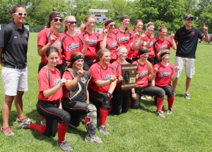 Photo by RR Best Pictured is the Sullivan varsity softball team with the regional plaque they won after defeating Shelbyville 5-3 Saturday. Front row, from left to right, Paislee Meyer, Makenzie Ruppert, Liz Inman, Heidi Clements, Taylor Gottfriedt, and Allison Miller. Back row, left to right: assistant coach Katie Tate, Kailyn Boyer, Bailee Pratt, Emily Stutzman, Maggie Plank, Brittin Boyer, Christina Brown, Elissa Stewart, Abby Elzy, and head coach Ben Richter.