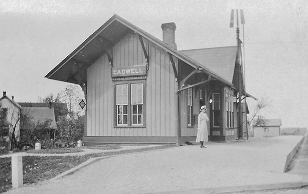 Pictured above is The Cadwell Depot circa 1915. The identity of the woman in the photo is unknown. Please submit photos to the News Progress for future consideration. Originals will be saved for return or forwarded to Moultrie County Historical Society. If you have any other information, please contact the Moultrie County Historical Society at 217-728- 4085.