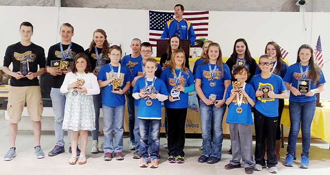 Photo by Jason Smith Blue Dophins Celebrate. Front Row: Alivia Melvin, Max Kersten, Matthew Wesselman, Mason Booker, Madalyn Booker, Zoe Johnson, Johnathan Iacobazzi, Tucker Kull. Back Row: Brodie Goss, Tyler Homann, Anna Wooters, Gabrielle Spain, Natalie Drury, Calista Clark, Jessica Renfro, Natalie Turnbaugh, Sofia Nuzzo.