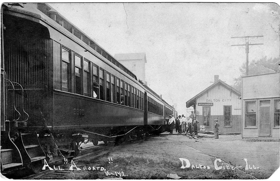 Pictured above is the Dalton City train depot. This is a very rare postcard photo that is post dated 1909. Please submit photos to the News Progress for future consideration. Originals will be saved for return or forwarded to Moultrie County Historical Society. If you have any other information, please contact the Moultrie County Historical Society at 217-728- 4085.
