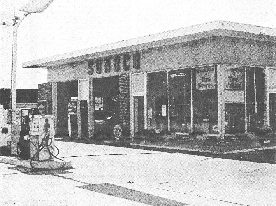 Pictured here is Sullivan Sunoco Service in May 1976. This building, owned by Derald Dinger, was located at 111 W. Jackson St. in Sullivan. Please submit photos to the News Progress for future consideration. Originals will be saved for return or forwarded to Moultrie County Historical Society. If you have any other information, please contact the Moultrie County Historical Society at 217-728- 4085.