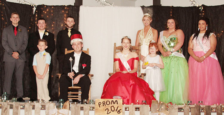 Photo furnished Windsor Prom Court The Windsor High School prom was held in April. Prom Court: Back Row (L to R):  King Candidates Tristan Warner and Tyler Kemper, 2015 King Devin Deremiah, 2015 Queen Paige Woolard, Queen Candidates Breana Wiltermood and Raquel Jackson.  Front Row (L to R):  Crown Bearer Grayson McCray, 2016 King Zach Caywood, 2016 Queen Autumn Bennett, and Crown Bearer Emma Hickman.