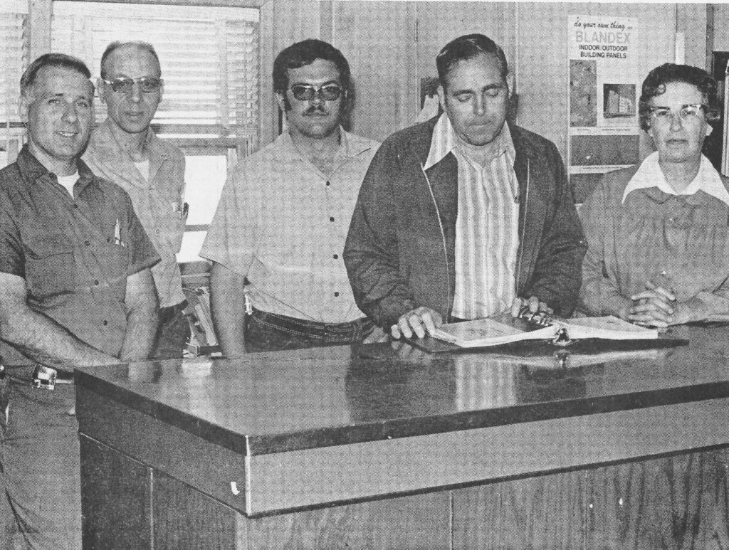 Pictured above are Alexander Lumber Co. (Sullivan) employees in 1976. Please submit photos to the News Progress for future consideration. Originals will be saved for return or forwarded to Moultrie County Historical Society. If you have any other information, please contact the Moultrie County Historical Society at 217-728- 4085.