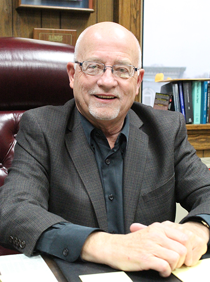 Photo by Mike Brothers Sullivan City Adminstrator Dan L. Flannell assumes new duties after retiring as Chief Judge of the Sixth Judicial Circuit in January.