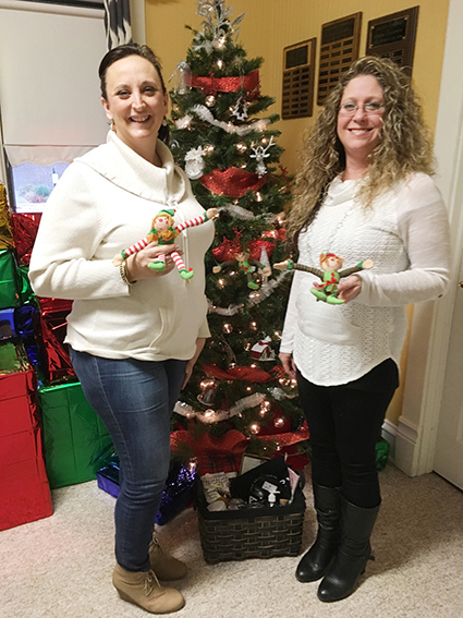 Photo by Ellen Ferrera Chamber of Commerce executive director Laurrie Minor pictured with new intern Melinda Calhoun-Hurt.