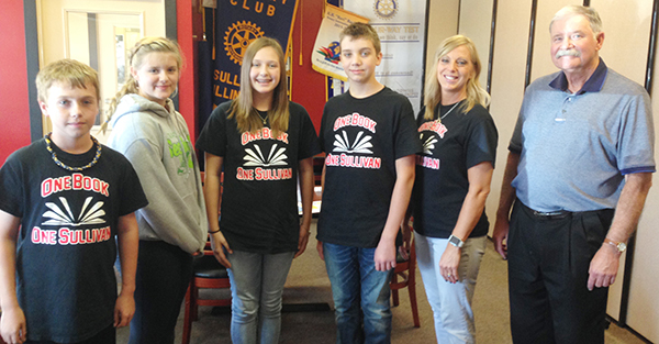 Photo by Mike Brothers One Book One Sullivan representatives from Sullivan Middle School attended the program funding Rotary Club Oct 11.  Pictured from left: Wesley Standerfer, Caprice Smith, Carley Towle, Brett Johnson, coordinator Rikki Ray and Rotary president Dave Cole.