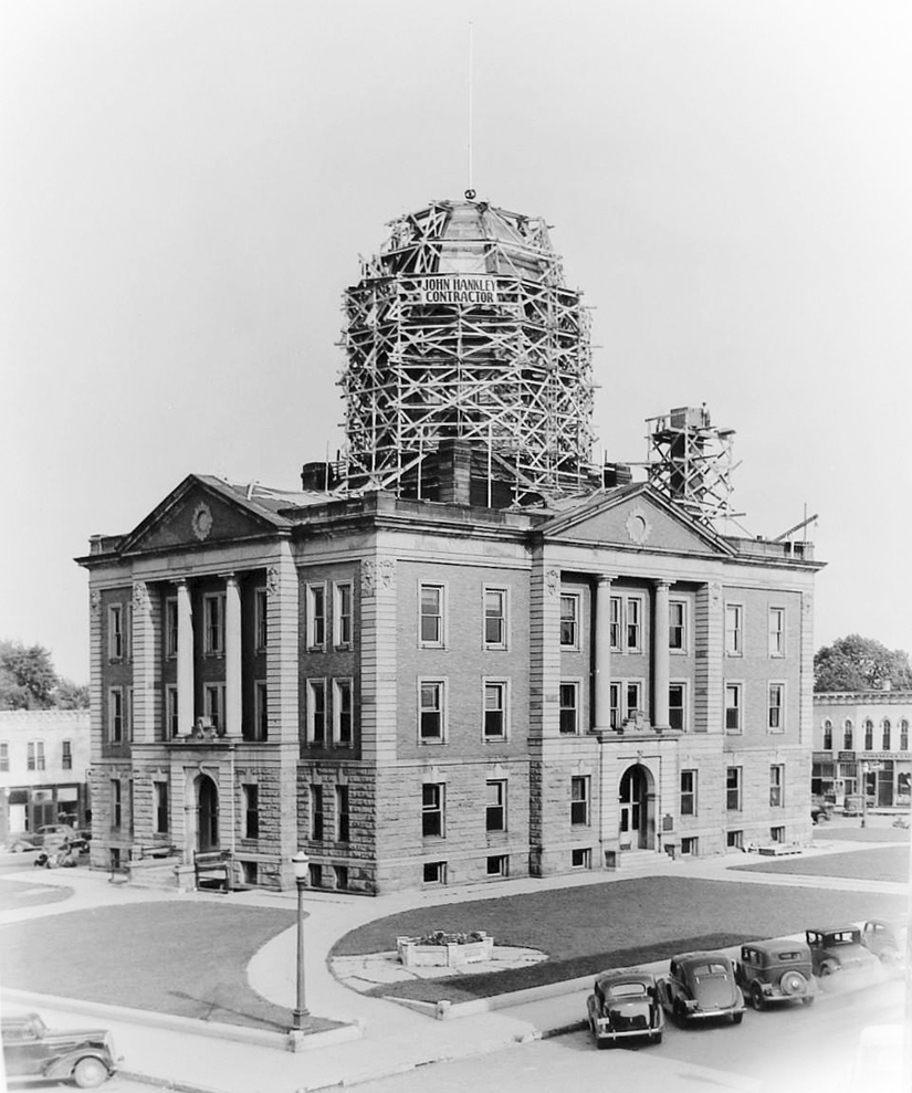 "Pictured above is the Moultrie County Courthouse in 1937. The dome was being repaired due to leaks. It had been discussed to remove the dome but ultimately decided to repair it at a cost of $7,429. Leaks continued to haunt the dome into the 1990's when the decision was made to seal the dome. Some think the dome has a green patina. Not true. It is sealant applied to stop leakage. Everything was covered - even some of the windows. Source: ""M.C. Courthouse Centennial Celebration"" published by the MCHGS. Please submit photos to the News Progress for future consideration. Originals will be saved for return or forwarded to Moultrie County Historical Society. If you have any other information, please contact the Moultrie County Historical Society at 217-728- 4085."