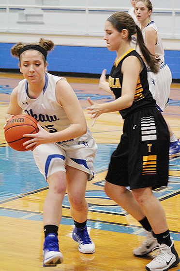 Photo by R.R. Best Isabella Benning passes the ball against Tuscola Thursday night in Bethany.